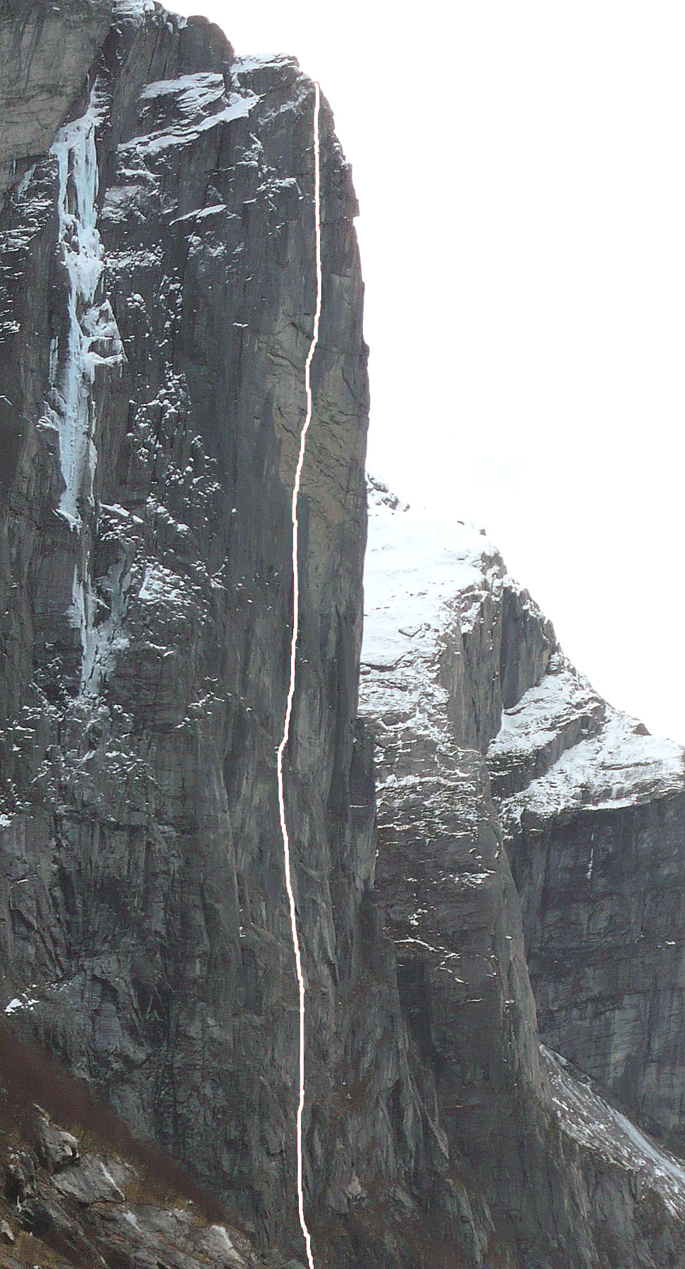 Russian winter route on central wall of Kjerag.