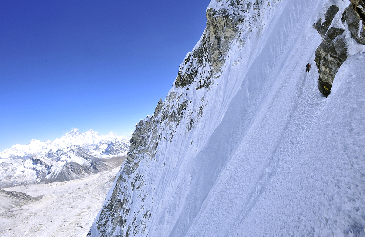 Moving left into central couloir at two-thirds height on northeast face of Jobo LeCoultre.