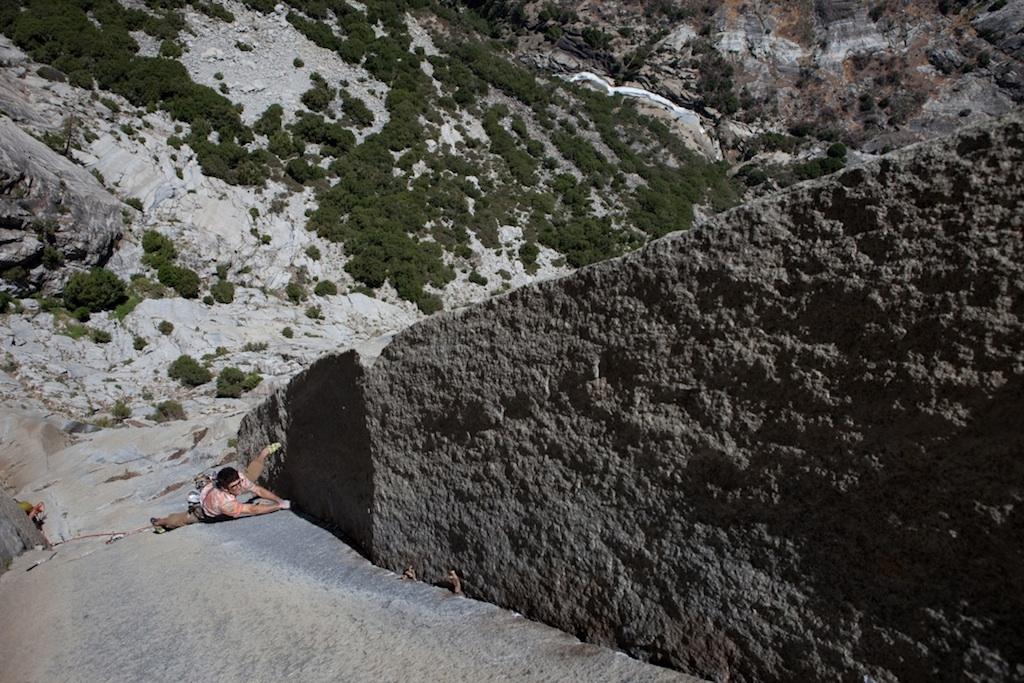 Ari Menitove on the crux pitch of Tehipite Sanction.