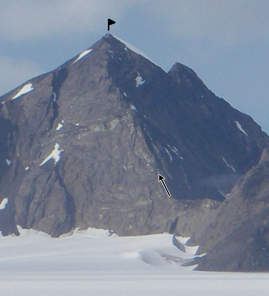 The southeast ridge of Peak 7,679'.