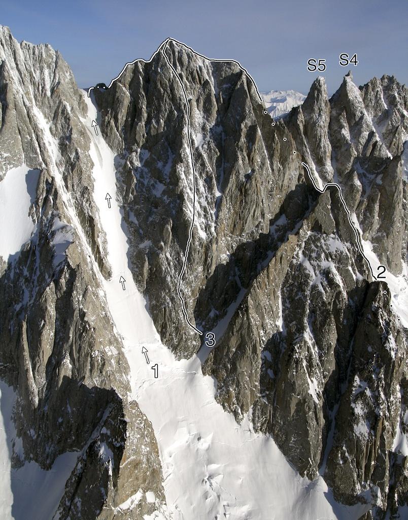 Asperity Mountain: (1) Asperity Couloir-Northwest Ridge (Beckey-King-Magoun-Matthews, 1947). (2) Southeast Ridge (Heselden-Richardson, 1997). (3) Southwest Face (Elson-McLane, 2010). Also shown: Serra 5 and Serra 4.