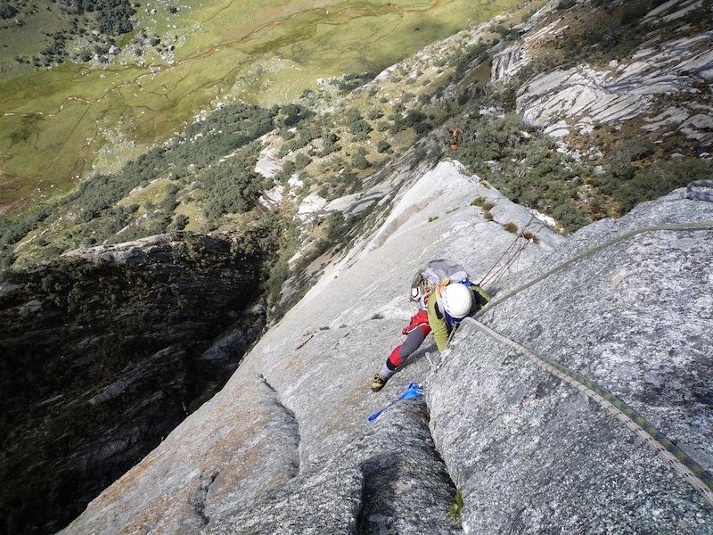 Climbing on El Sueño de los Excluidos.