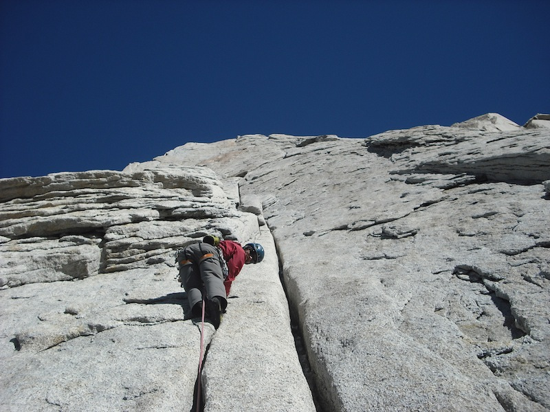 Never mind the butt shot, look at those hand cracks! Peter Fasoldt on pitch 7 of Circus Pets.