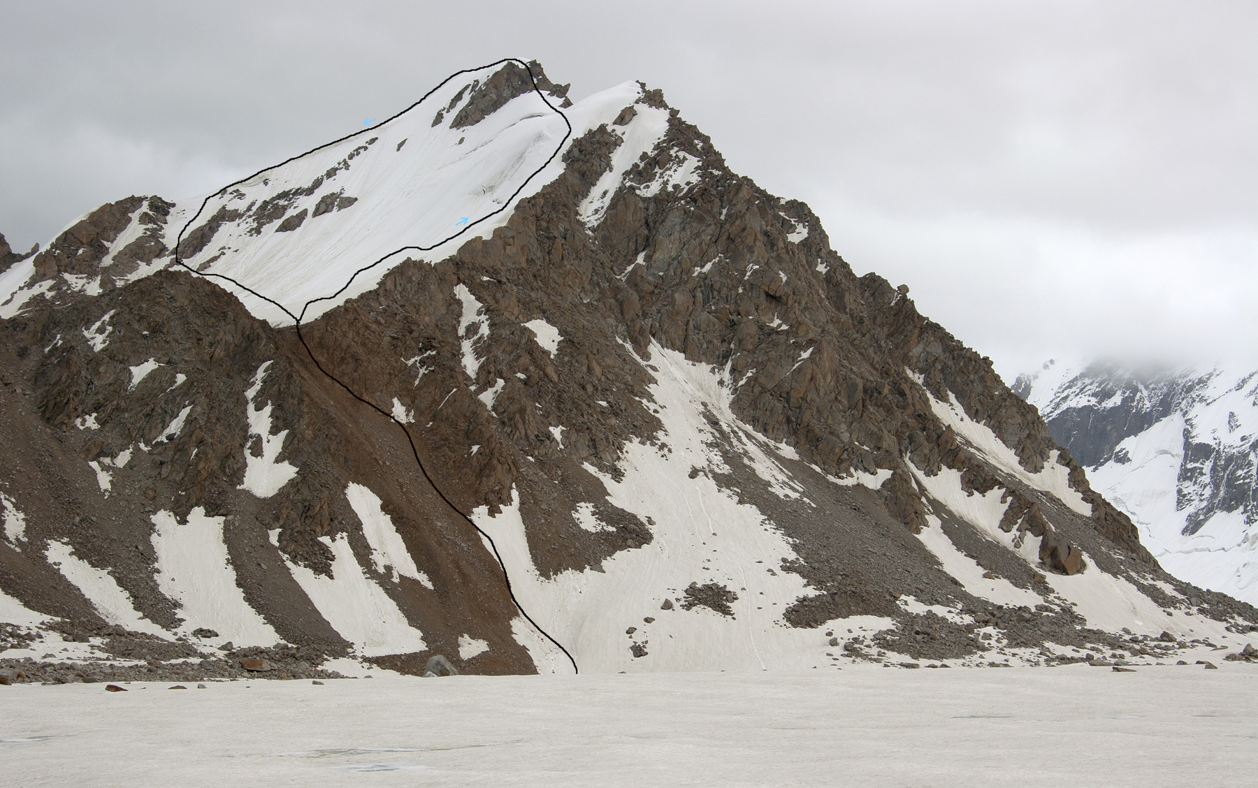 Koh-e-Hoppa on the east side of Qala-i-Hurst Glacier, showing route of first ascent. The mountain was traversed from right to left.