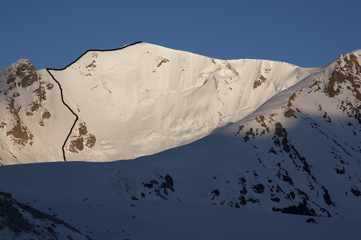 Koh-e-Se Zeboi showing the line of Three Beauties on north face and north-northeast ridge.