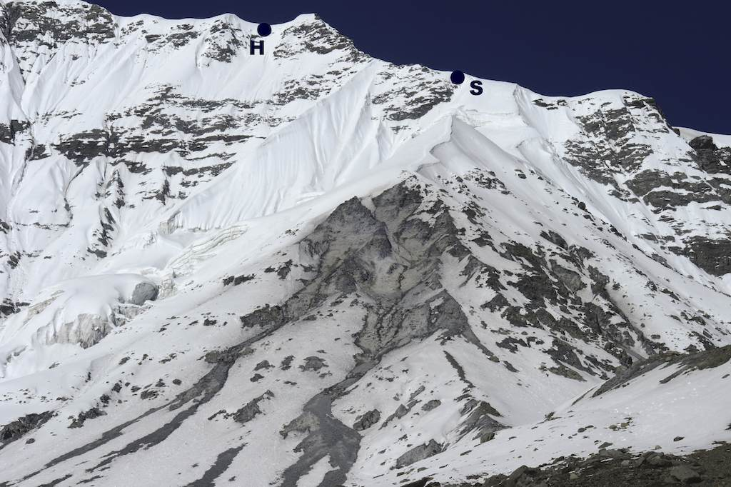 Lower section of Annapurna III east ridge, with (S) site of 2010 snow cave and (H) high point at 6,200m.