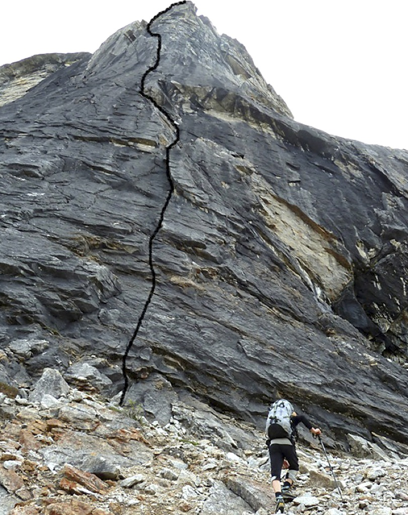 Line climbed by Nestler and Stucki on north pillar of Elephant's Tooth.