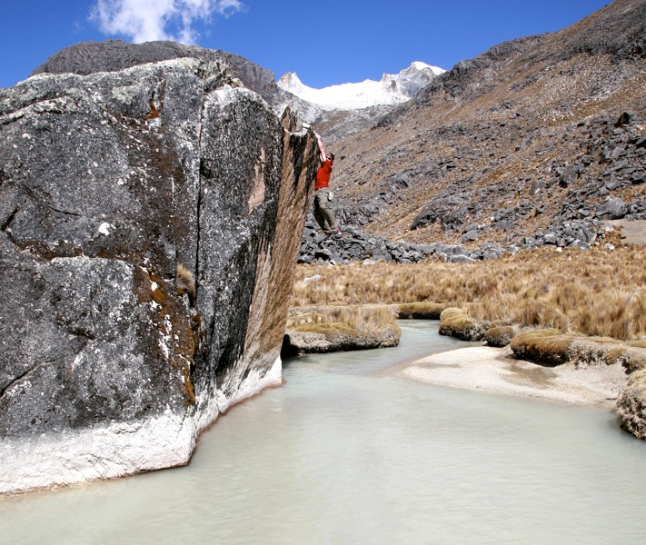 No need for a mat. Gregg Beisly bouldering at Ancohuma base camp.