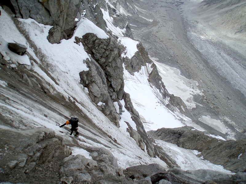 Less than perfect conditions on Mont Maudit. David Fajt in couloir leading to north ridge. Martin Klonfar.