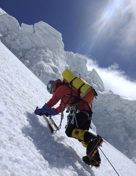Hiraide climbing toward southwest ridge.