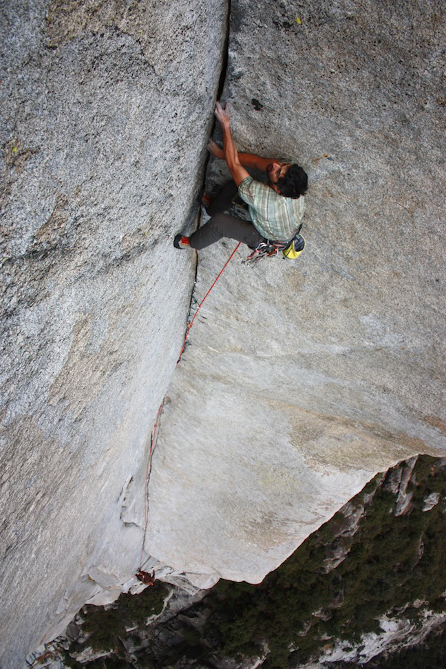 Shaun Reed leading the fourth pitch of Astro-Gil, a new 11-pitch 5.11 route on Tehipite Dome.