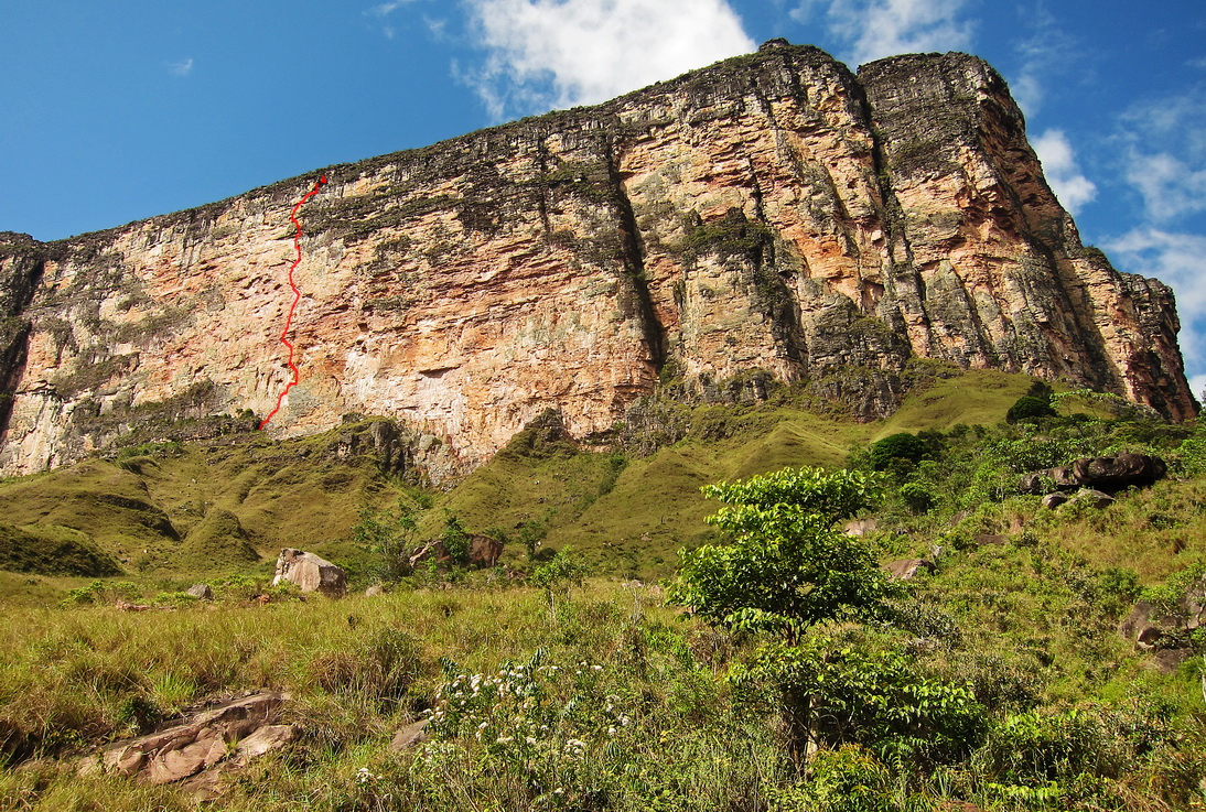The line of Miss Acopan on wide eastern face of Acopan Tepui.