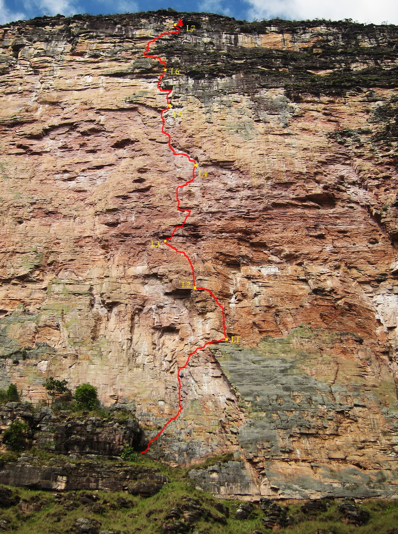 After bad rock 200m, to the right of the line shown shut down their first new route attempt on the Acopan Tapui, Krajnc and Obid established the free line Miss Acopan shown here.