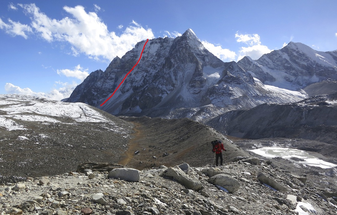 Hunku from the north, with the line of ascent marked.