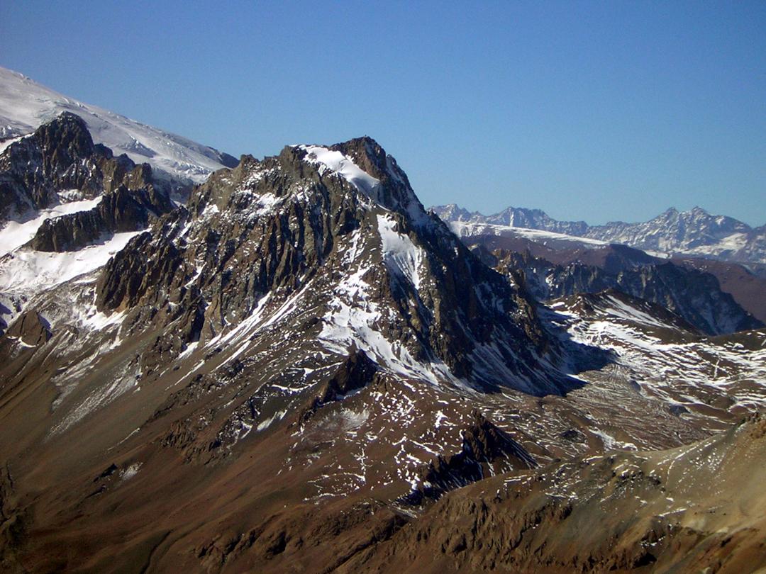 An overview of Cerro Panamericano.