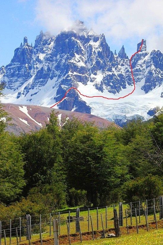 The route up Torreon Chala in the Cerro Castillo.