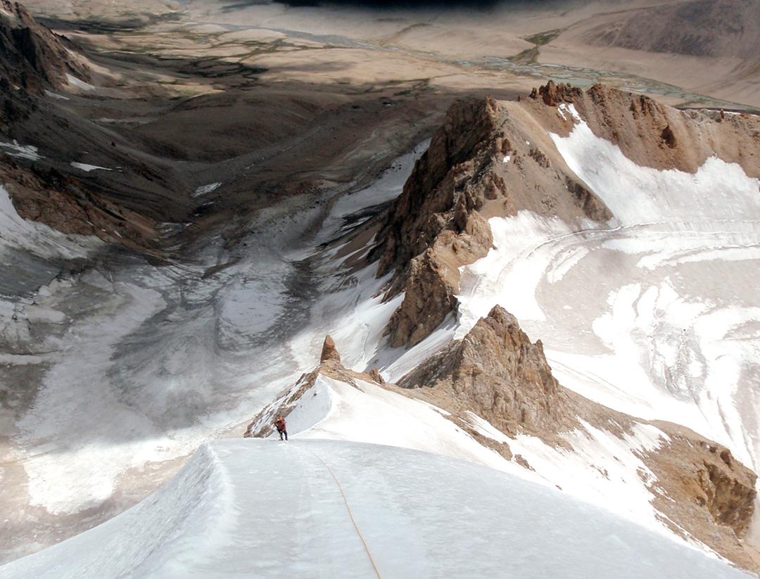 High on the northeast ridge of Lugzl Pombo.