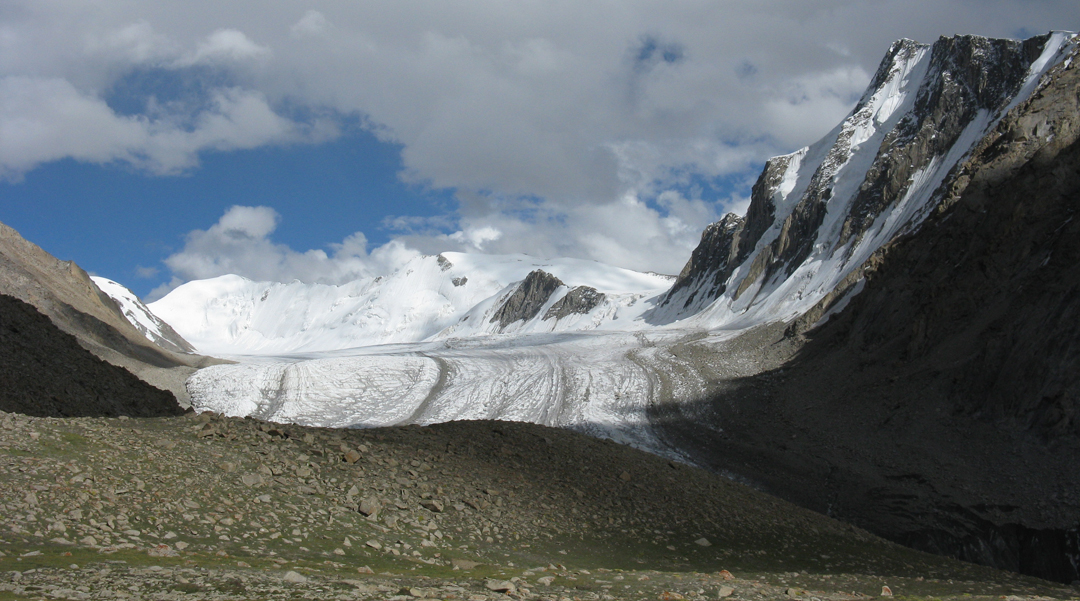 The main cirque at the head of Rongdo Valley, showing, from left to right, Rongdo I, II, III, and IV.