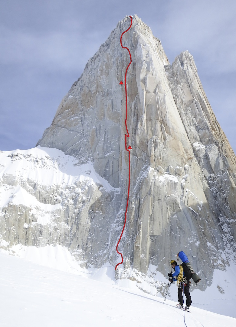 Approach- ing the east face in winter 2012. Un Mar de Sueños (1,200m) lies mostly to the left of the Ferrari-Meles East Pillar (1976).