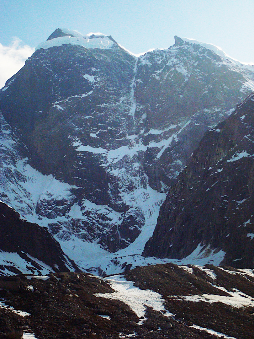 Although Hesperus is known for rotten rock, ice lines may offer possibilities. Shown here: the unclimbed northeast face (at least 5,000 feet).