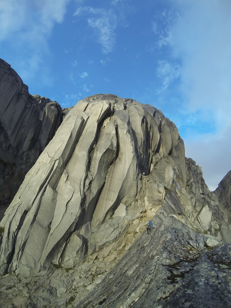 Steep, clean cracks are the name of the game on Pared el Fin de Tiempo.
