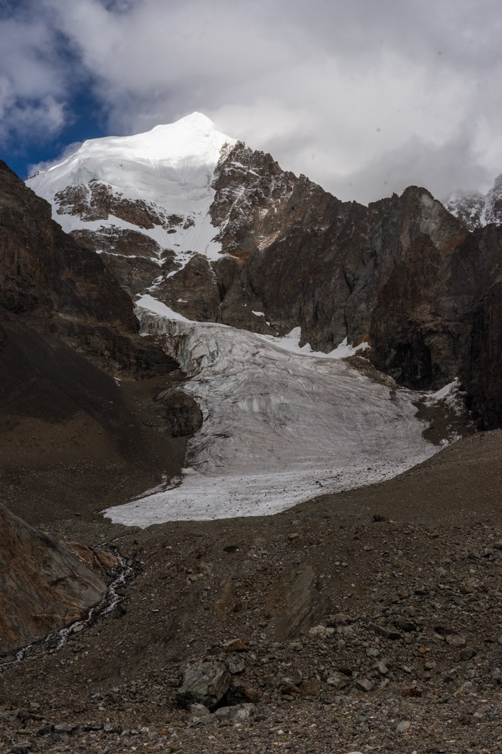 Gamlang Razi. The route followed the glacier and roughly the left skyline.