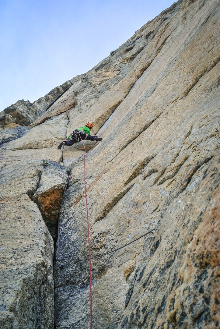 Christian Ledergerber on the final pitches leading to the Shark's Tooth summit.