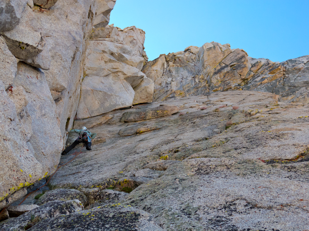 Nate Greenberg leading pitch three of the Dihedral Route on the Juggernaut.