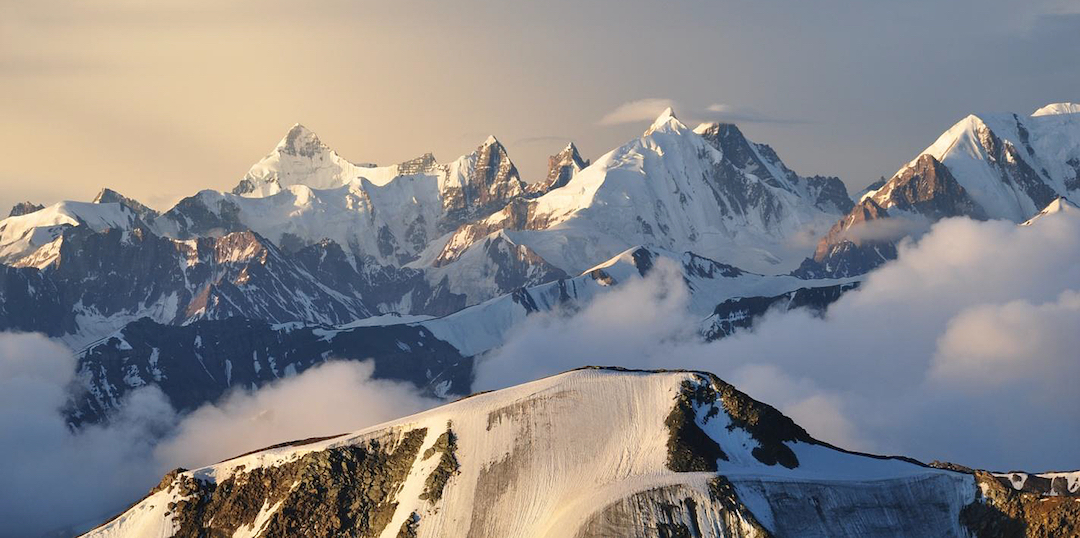 Looking southeast into the attractive peaks of the Mulkila Range from the summit of Yunam. Search this website for reports on ascents in the area.