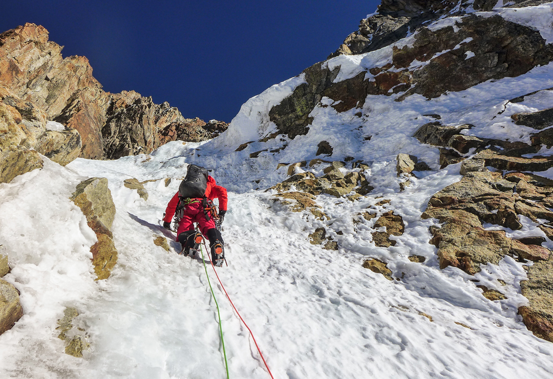 Thomas Arfi above 6,000m, heading for the southwest ridge during the first ascent of Por la Vida.