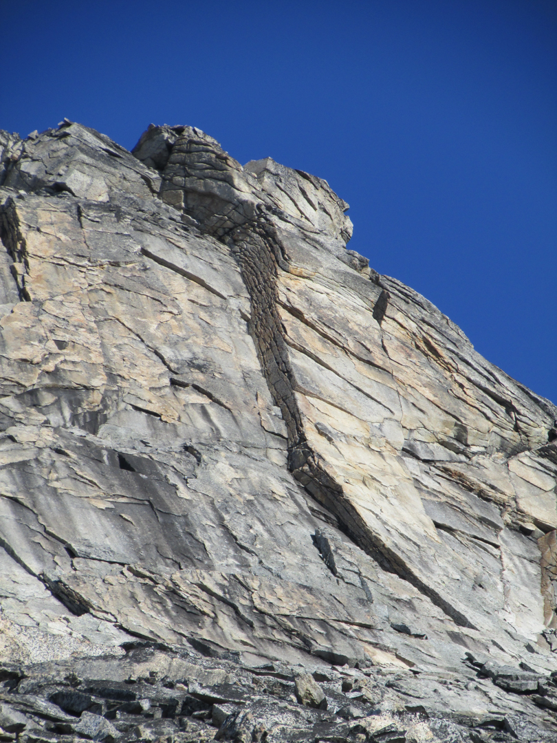 Looking up Dromedary Dihedral, which gains the fourth class east ridge of Camel.