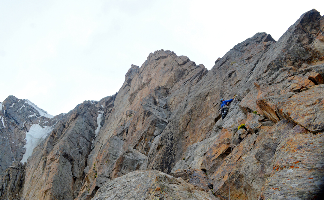 On the first ascent of the north ridge of Sauk Dzhaylyau West I.
