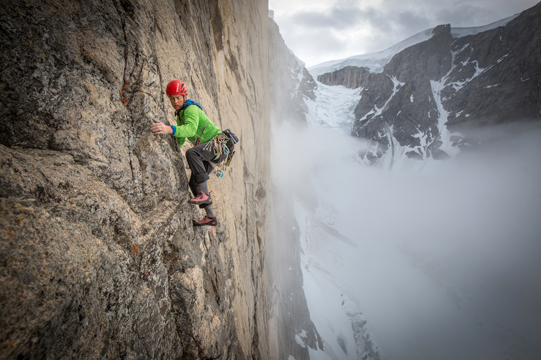 Leo Houlding above the Paper Flake, a 20m-tall, 10m-wide granite formation that was just 1cm at its thinnest. However, it provided a key link though the blankness.