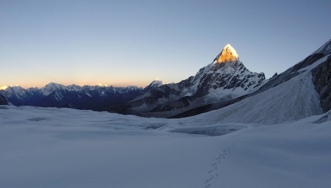 Ama Dablam from the upper Mingbo (Nare) Glacier to the south. The southwest ridge (normal route) is the left skyline; the next ridge to the right is the Lagunak.