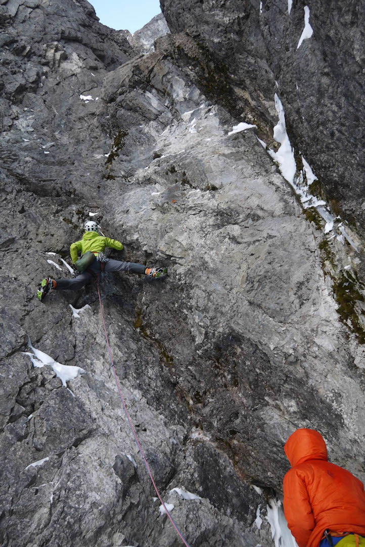 Raphael Slawinski leads a steep rock groove on pitch four of Tainted Love.
