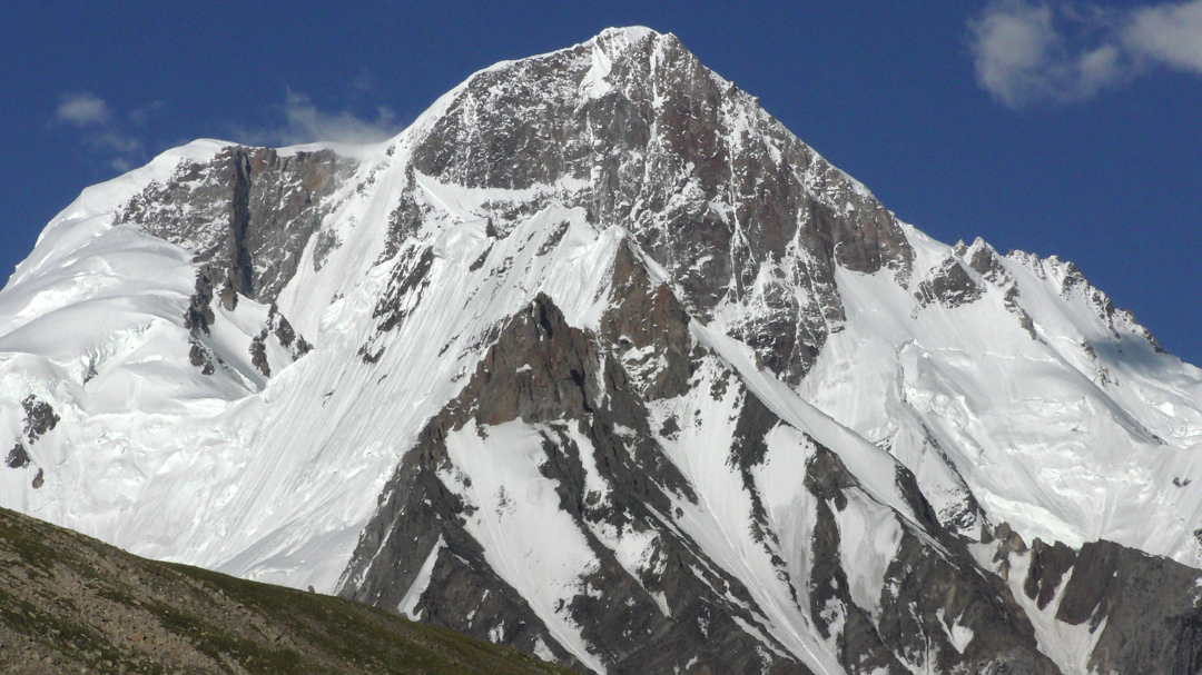 The west face of unclimbed Chiring I (Chiring West, 6,861m Google Earth).