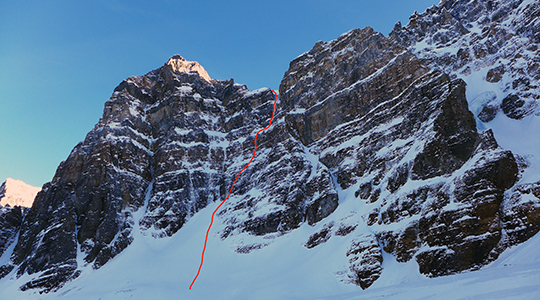 The line of Fantastic Mr. Fox (500m, WI5 M5), which climbs to the Tuzo-Deltaform col.