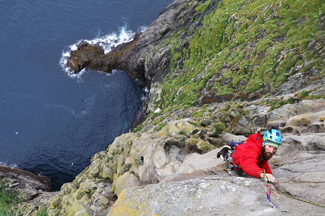 Dave McKinney on Huffin & Puffin, Trøllkonufingur, Faroe Islands.