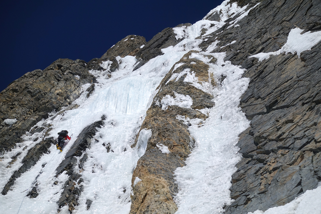 Kim Chang-ho on thin ice, day four of the Korean Way on the south face of Gangapurna.