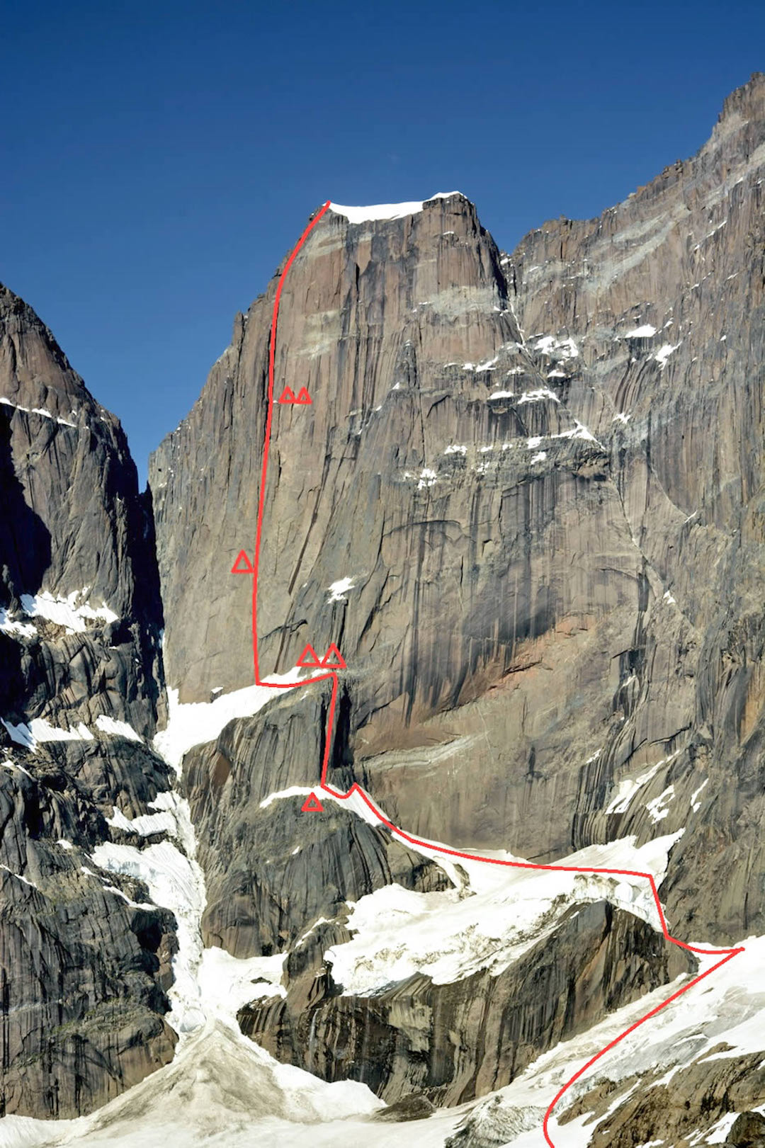 The line of Metrophobia to the west summit of Apostelen Tommelfinger. The main peak, first climbed in 1975, via the south pillar, is out of picture to the right.