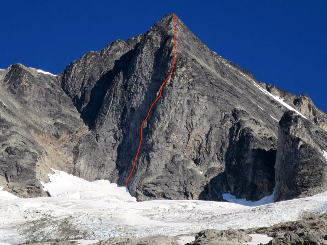 The route line for the B-Team (500m, TD- 5.10a) on the south face of Mt. Proteus. Tempus Fugit (1988, Allen-Horvath) ascends the lower-angle east face to the right, sharing ground with the upper part of the 2017 route on the prominent buttress.