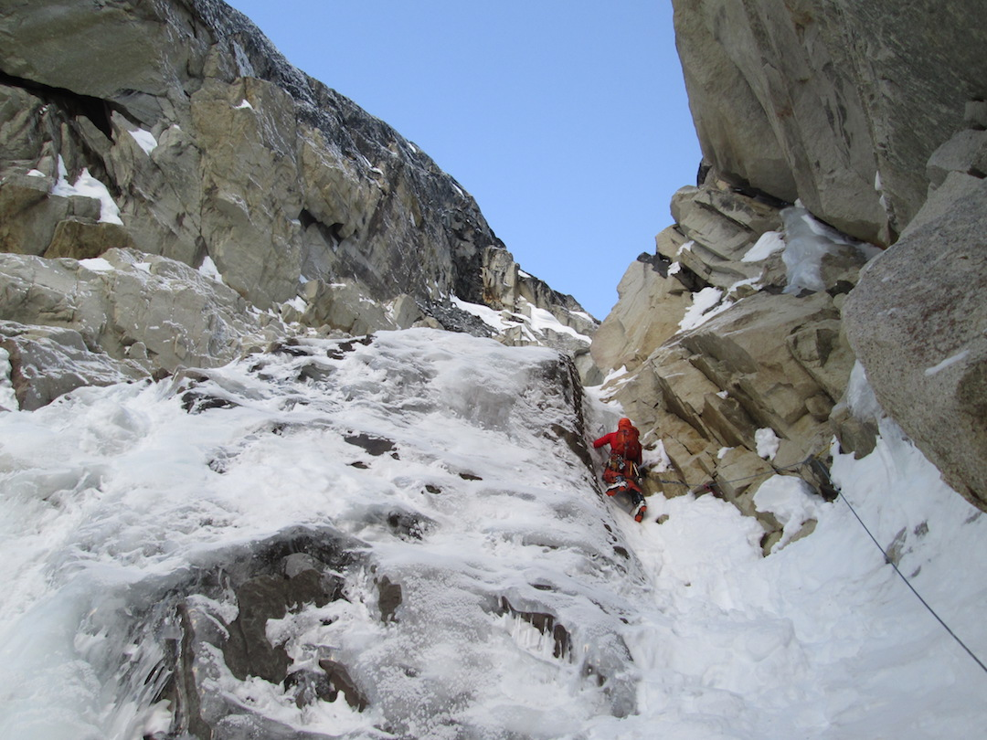 One of the mixed pitches of Langstrasse (800m, WI4 M4). Gedas Simutis and Frieder Wittmann completed the route in one day on March 30.