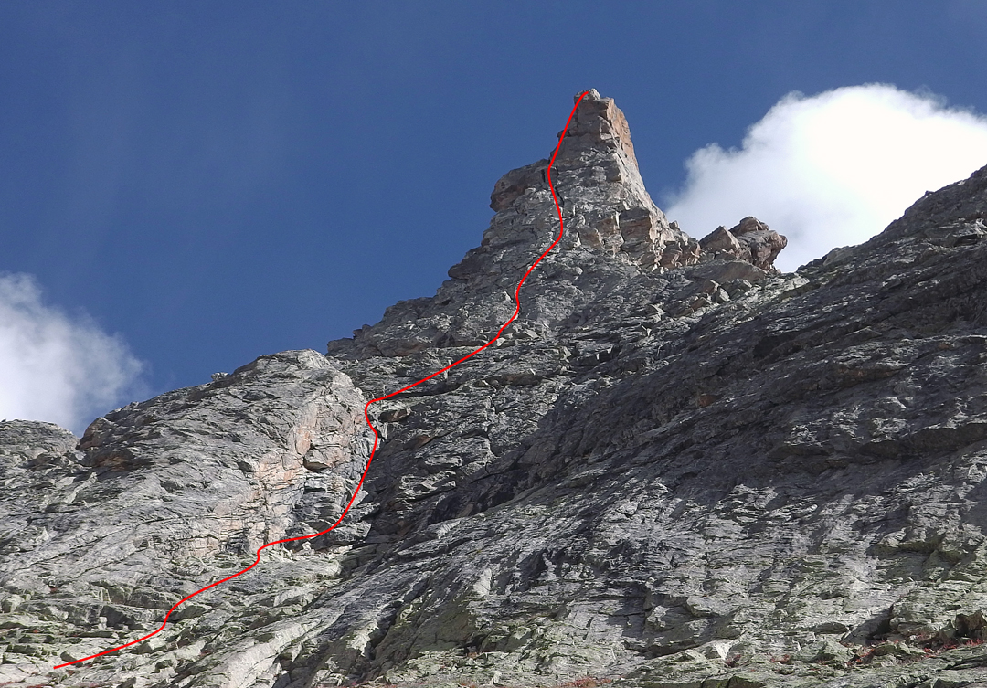 The 2015 French route on the southeast face of Point JAMES. The right skyline, the northeast ridge, is the route of the first ascent in 2002, an easy scramble (UIAA II) by Igor Koller and Vlado Linek.