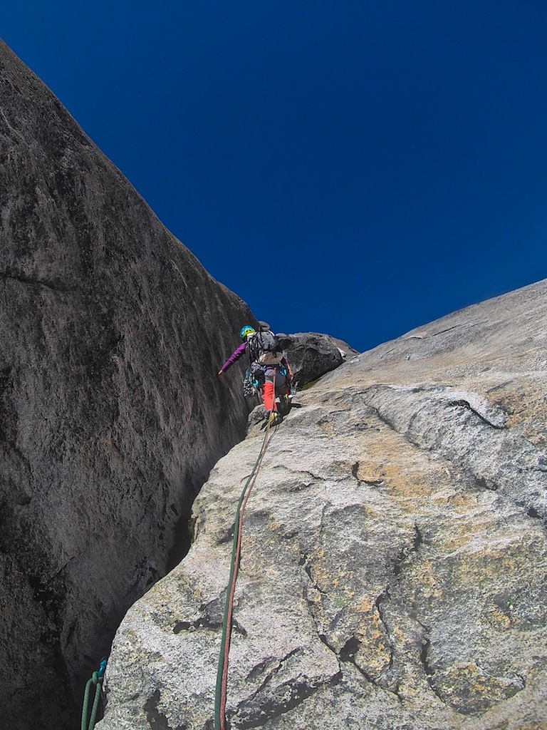 Szu-ting Yi leading the initial section of Ice Cream Tempura (490m, 5.10 R C1) on Cerro Esquinero, in Argentina's Nahuel Huapi National Park.