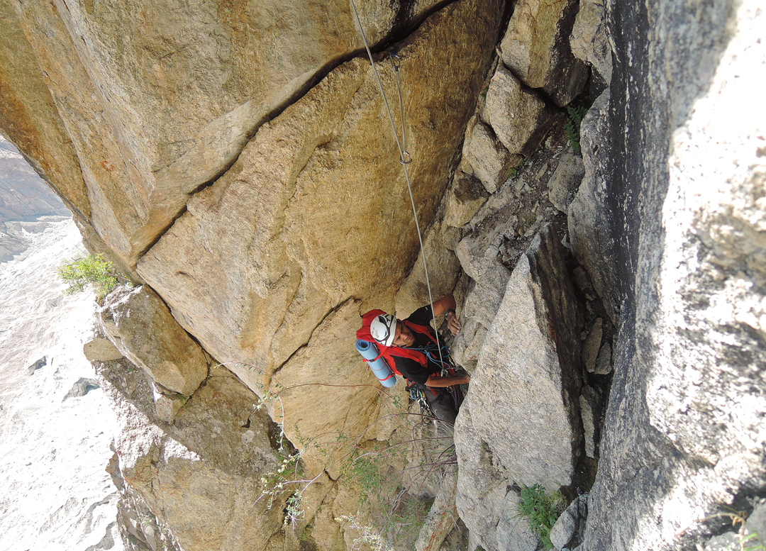Daniele Nardi during the first ascent of Welcome to the Jungle on Scimitar Rossa.