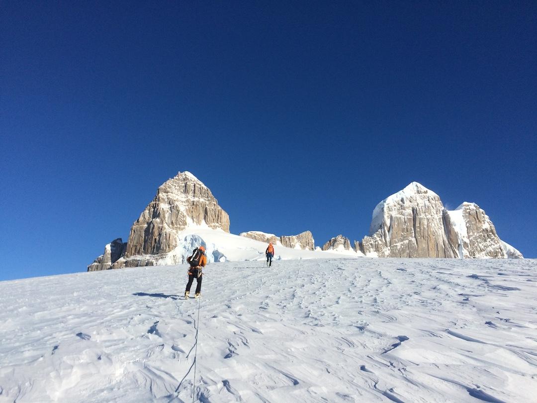 Approaching Pantragruel (left).  The peak at right is Gargantua.