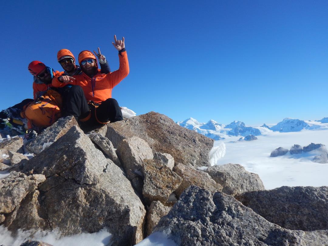 The team on the summit of Pantagruel.