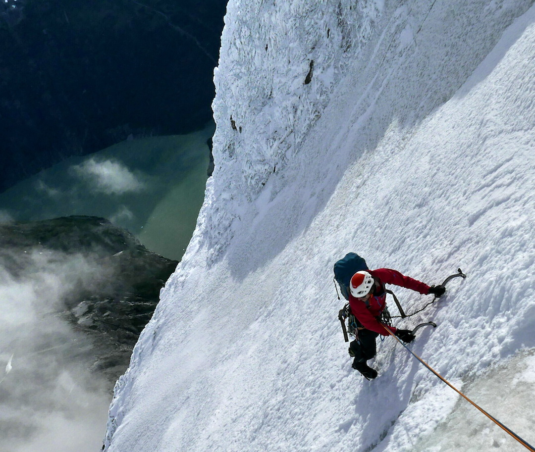 Beautiful ice climbing high on Cerro Riso Patrón Sur.