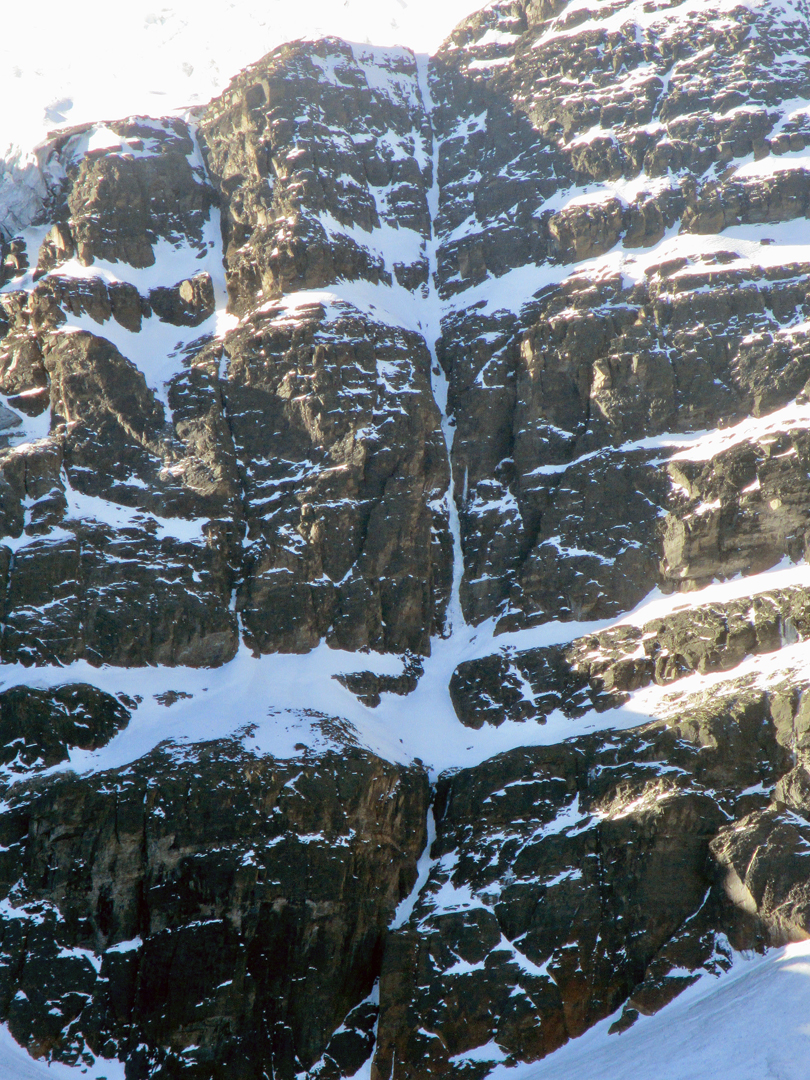 The left side of the south face of Mururata with the obvious, thin, but more or less continuous runnel taken by Power to the Process.