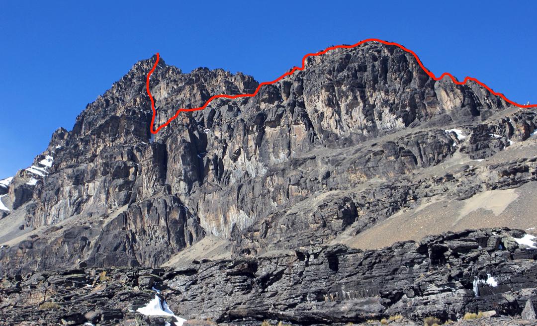 The southwest ridge of Cerro Willa Sallaloma.